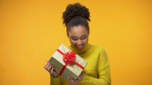 evergreen gift ideas for women